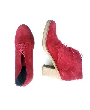 Esprit Wildleder Stiefeletten rot Boots Blockabsatz Stilvoll