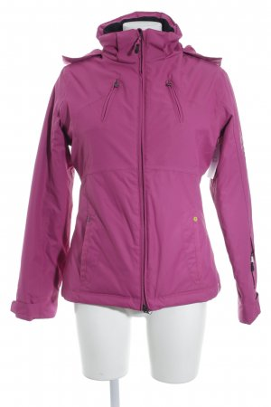 Esprit Winterjacke magenta Street-Fashion-Look
