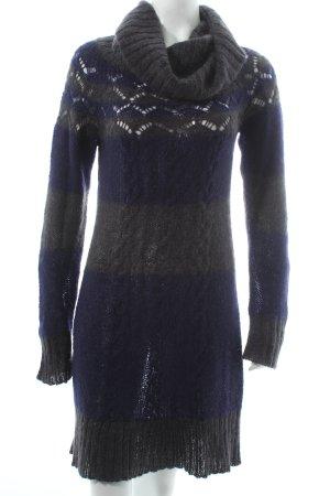 Essentiel Strickkleid grau-dunkelviolett Lochstrickmuster Casual-Look