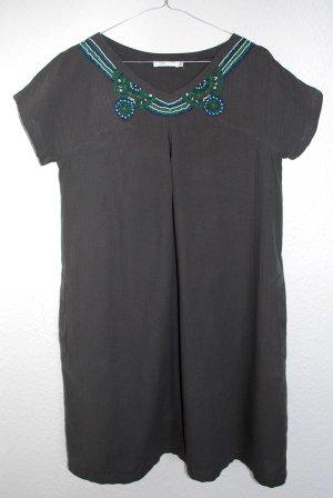 Ethno Sommer Kleid, Kaki, Mit perlen am Krage, Gr. 38