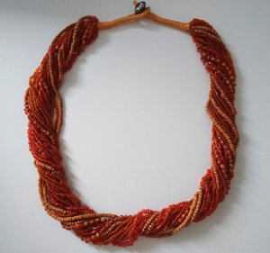 Ethno Statement Kette in Orange