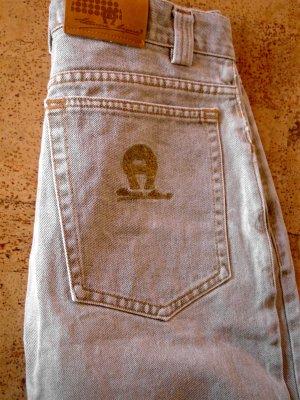 Etienne AIGNER Jeans Gr. 42 mit Goldstickerei  - schöne wertvolle Details