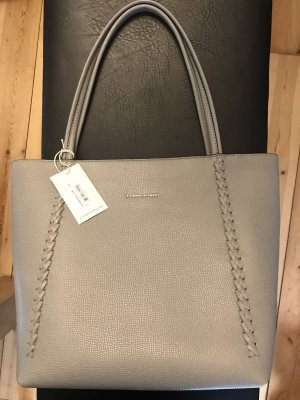 bfeeb61ee5f Etienne Aigner Handbags at reasonable prices   Secondhand   Prelved
