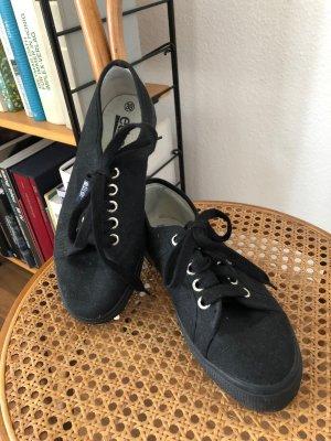 Etirel – Schwarze Sneaker aus Stoff