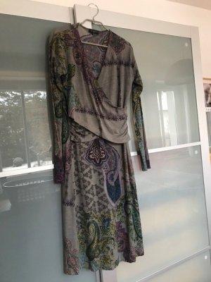 Etro Kleid aus Wolljersey-Mix mit Wickeloptik im Vorderteil, Gr. 44 (dt. Gr. 38)