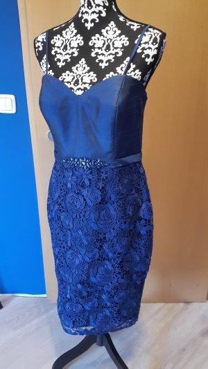 Etui-Kleid Größe 40