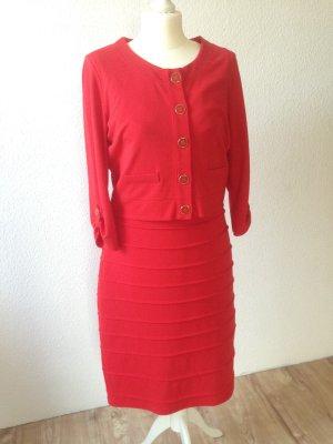 Etui-Kleid mit Jäckchen in rot