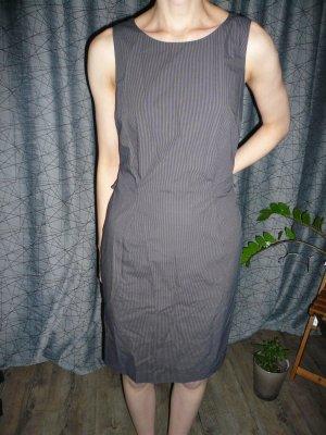 Etui-Kleid von Cinque mit Nadelstreifen - absolut neuwertig!