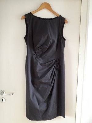 4eb0d0da Hugo Boss Sheath Dresses at reasonable prices | Secondhand | Prelved
