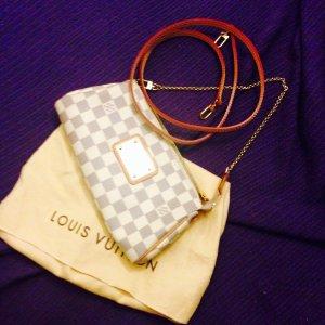 Eva Pochette von Louis Vuitton