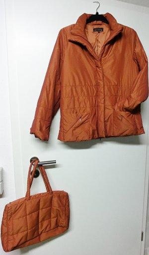 EVELYN BRANDT Neuwertige wattierte Jacke und passenden Shopper --GR. 38