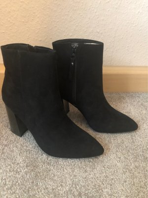 Even & Odd Platform Booties black