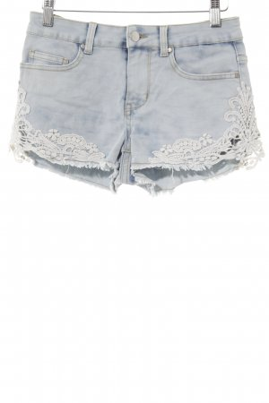 Even & Odd Shorts hellblau-weiß florales Muster Beach-Look