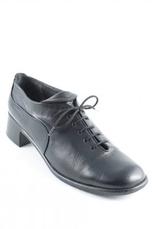 Everybody Scarpa stringata nero look vintage