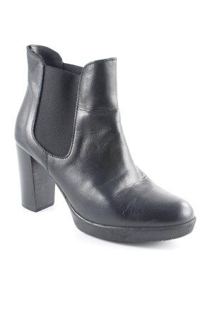 Evita Chelsea Boots schwarz Street-Fashion-Look