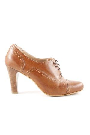 Evita Tacones con cordones marrón estilo «business»