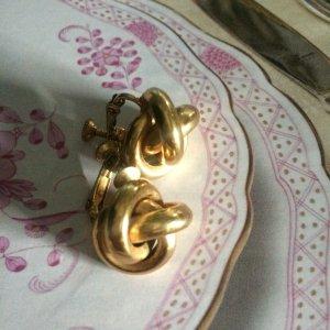 Exclusive Knoten Ohrclipser von NAPIER