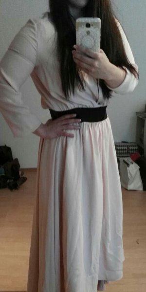 Exklusives Kleid in zartem rose