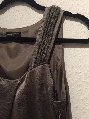 Exquisites Seidenkleid von BLACKY DRESS   NEU