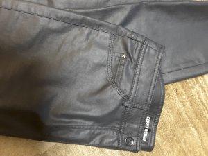 Extravagante Jeans,  schwarz, beschichtet, Gr 44 neu
