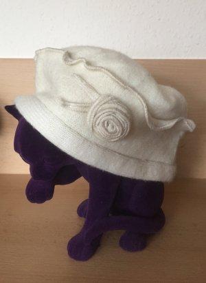 Extravagante Mütze aus Lambswool