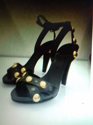 Gucci Strapped High-Heeled Sandals black leather