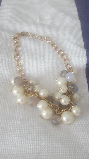 extravagante Perlenkette