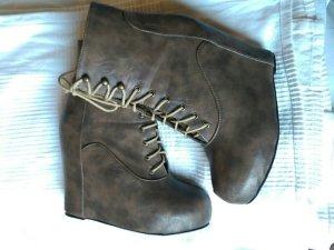 """Extravagante Plateau-Schuhe, Marke """"Rock Etiquette"""", aus Los Angeles/USA"""