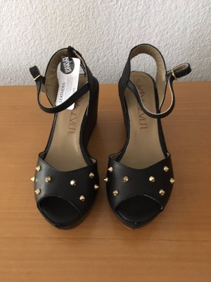 Sixtyseven Platform High-Heeled Sandal black