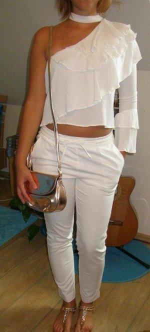 Extravagante weiße Bluse – eine Schulter frei – Pull&Bear - Gr. S – NEU