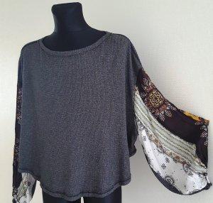 Extravaganter * Pullover mit Glockenärmel Gr. L