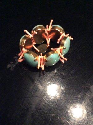 Extravaganter Schmuck Ohrringe und Armband