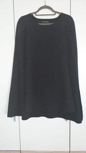 extravagantes Cape-Kleid