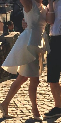 Extravagantes, ellegantes, kurzes Brautkleid von Spose di Gio