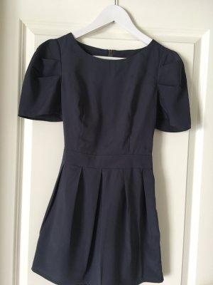 Extrem kurzes Kleid blau hinten Reißverschluss