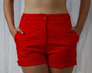 EYECATCHER rote Shorts von H&M in Gr. 36