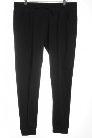 Fabletics Trackies black athletic style
