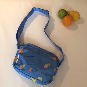 Fairmont Accessories Bag von Ganni Umhängetasche mit Früchteprint Fruits Blau