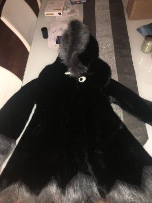 Fake Fur Mantel NEU