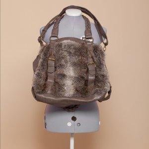 Fake Fur Tasche von Bershka
