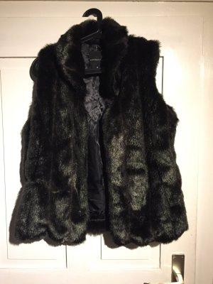 Fake Fur Weste in schwarz