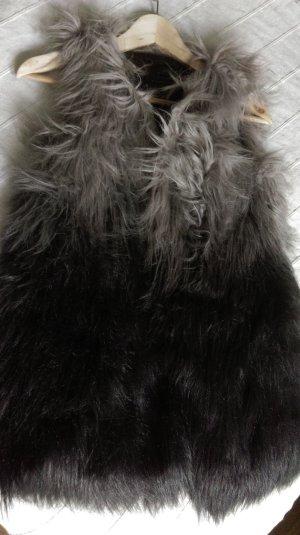 Fake-Fur-Weste mit Farbverlauf
