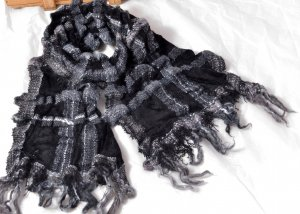FALIERO SARTI unisex weicher Wollschal schwarz-grau Neu Etikett Karo Streifen