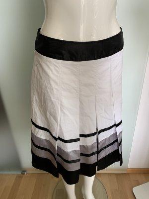 Modeszene Jupe à plis multicolore