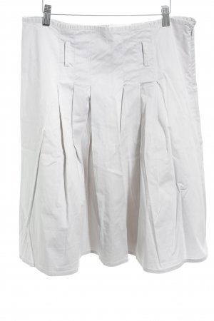 Jupe à plis gris clair élégant