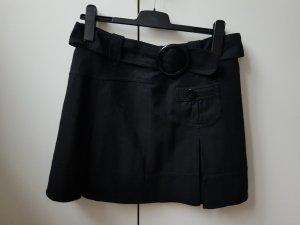 ××× Faltenrock in schwarz ×××