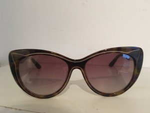 Fancy Cat Eye Sonnenbrille von Karl Lagerfeld im hervorragenden Zustand.
