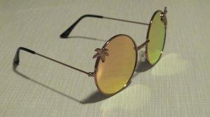 fancy Sonnenbrille mit verspiegelten Gläsern