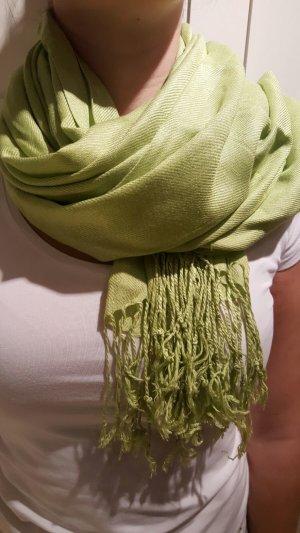 Farbenfrohes Tuch / Schal in grün