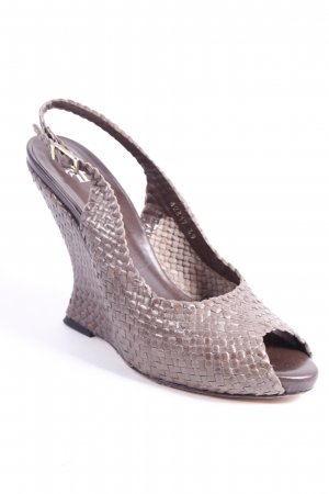 Farrutx Wedge Sandals light brown extravagant style